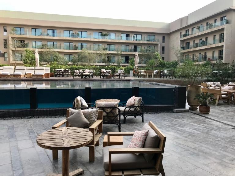 Radisson Blu Marrakech pool